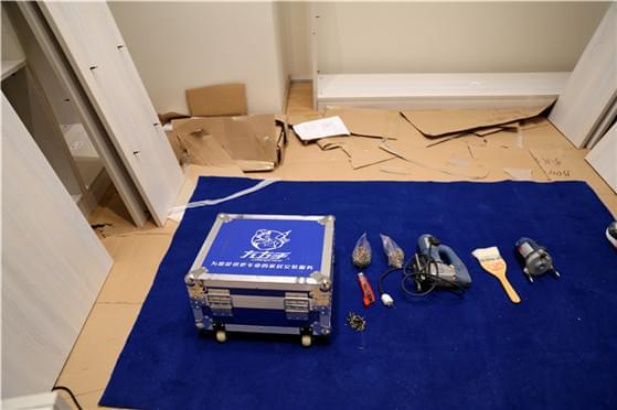 左右手家具安装服务工具摆放标准