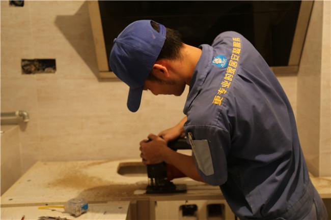 橱柜台面安装——中洲华府安装案例