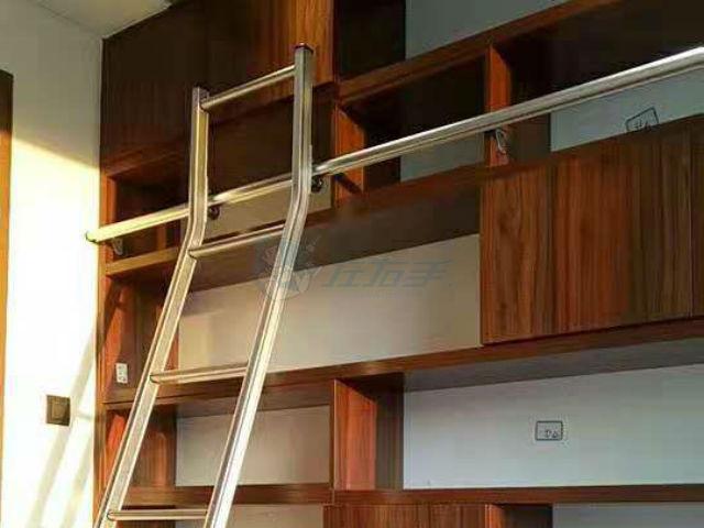 这么美的板式书柜是谁装的?