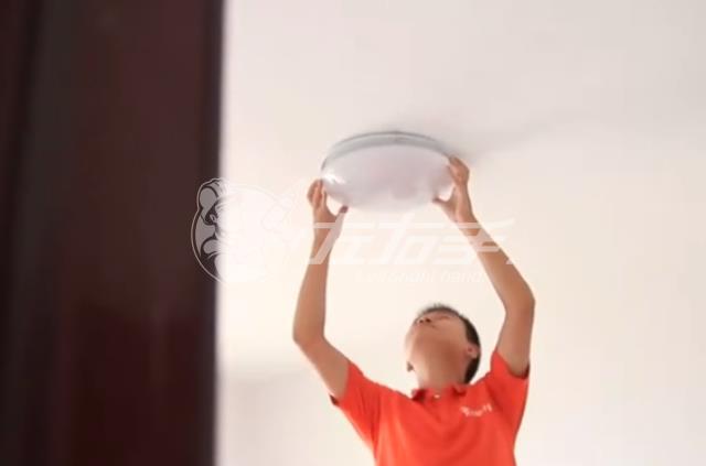 如何安装吸顶灯?怎么安装吸顶灯?